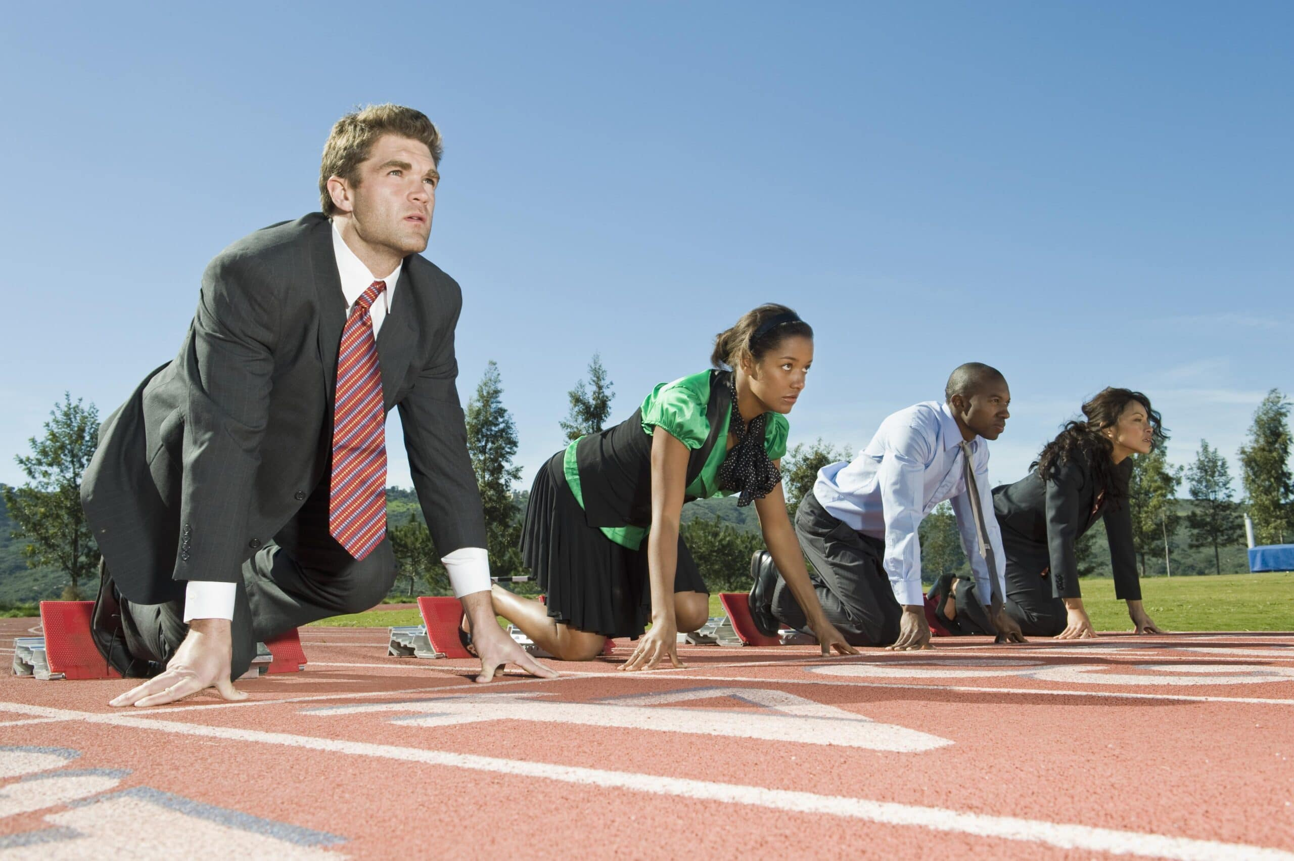 Business_people_on_a_running_track